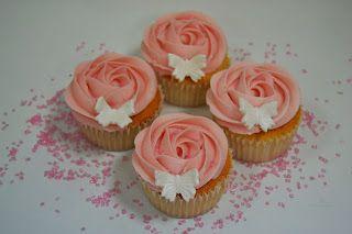 CUPCAKES DE ROSAS - Con un toque de azúcar