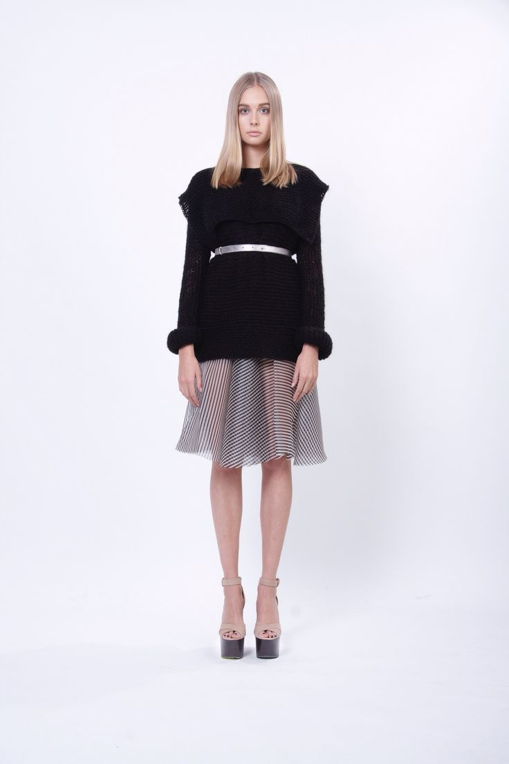 hand-knitted top and leather metalic belt, design Lucie Kutálková, LEEDA store