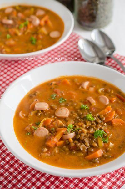 Czeska zupa z soczewicą i parówkami