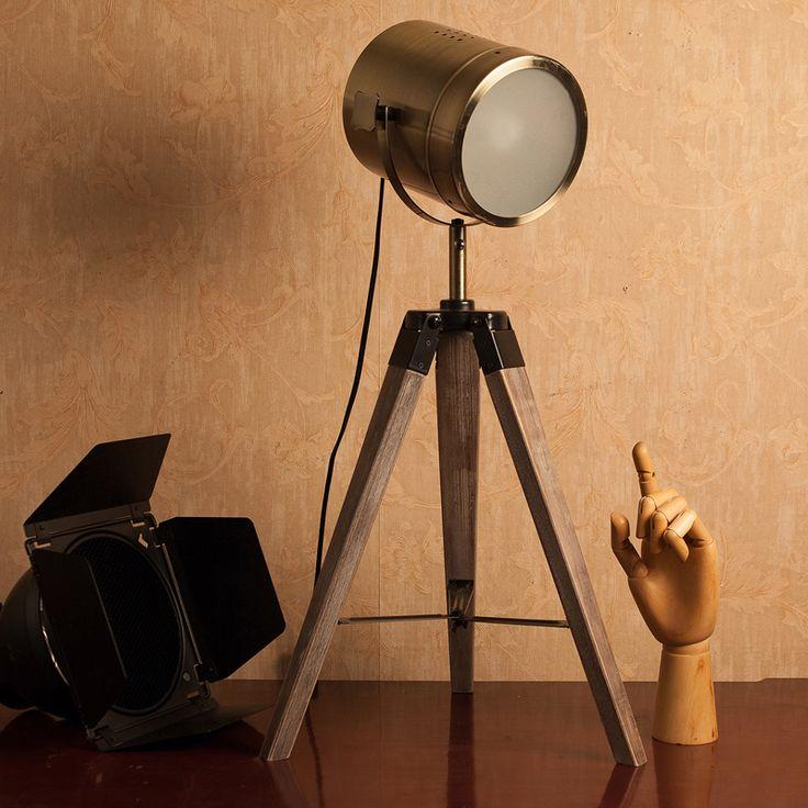 Luminária – Retro Holofote
