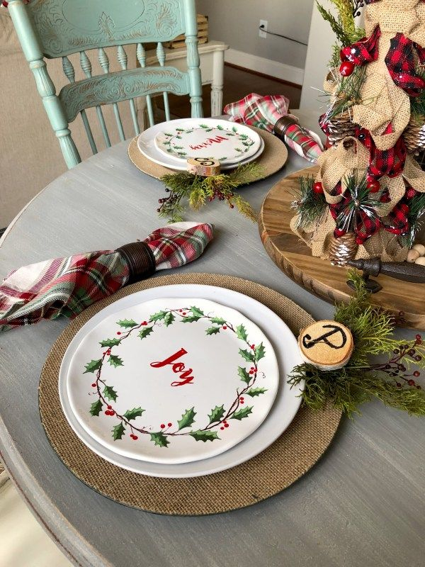 How To Put Together An Easy Christmas Table Setting And Not Break The Bank Christmas Table Christmas Table Settings Simple Christmas