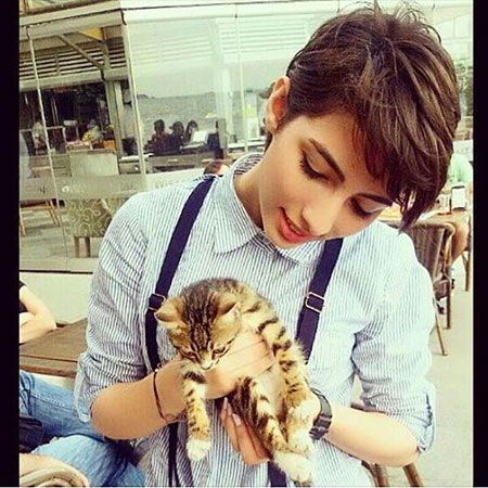 Pixie cut with a kitten❤❤