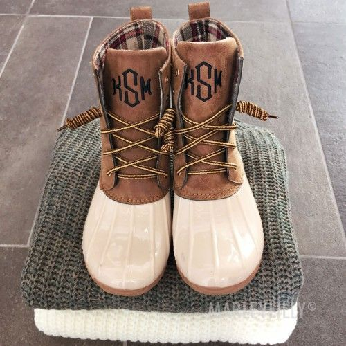 Monogrammed Duck Boots | Marleylilly LOVE THESE WHITE DUCK BOOTS