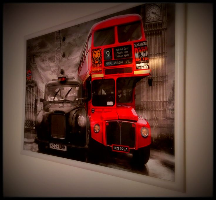 Cheeky Monkey English 4Kids - Routemaster and Black Cab