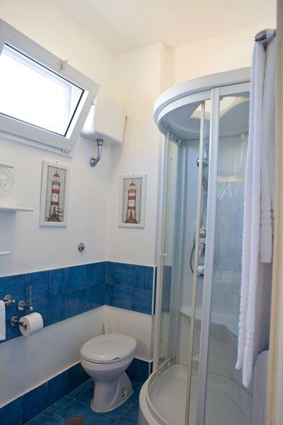 I bagni delle camere Suite vista mare(Hotel Chiaia di Luna, Isola di Ponza)