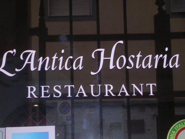 Antica Hostaria Restaurant - Sassari (SS), Sardinia - Italy http://www.hotelsinsardinia.org/gastronomy/restaurants/romantic/