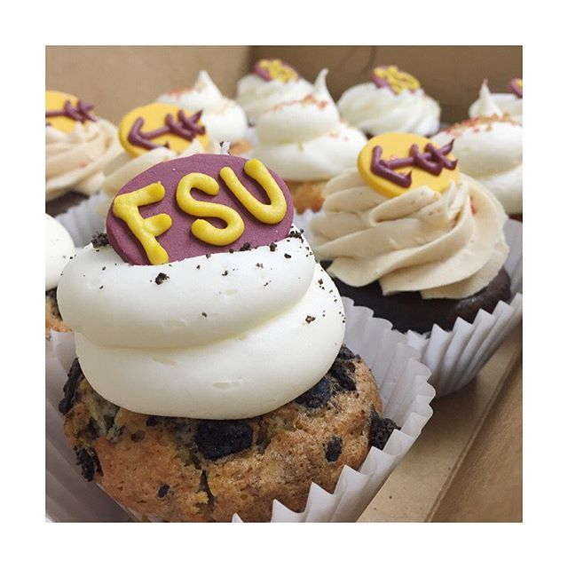 Hey FSU fans.... Did you know that our MIDTOWN location has MOVED?! We are now right across the street from KOOL BEANZ CAFE on Thomasville Rd. *1000 Thomasville Rd *850-765-0374  Come by and see us after the game today! We have all your favorites, PLUS Macarons!!! #gameday #gonoles #floridastatefootball #saturday #midtowntally