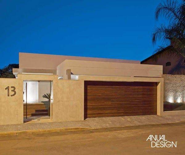 Fachadas residenciais inspira o muros e port es for Modelos de casas alargadas