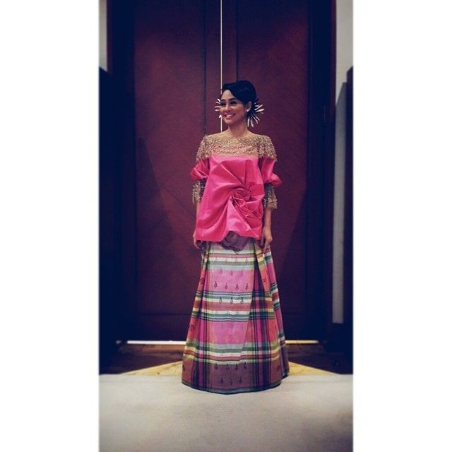 Embracing the bugis attire. Baju bodo for lovely @Andien Aisyah #IkatIndonesia by #DidietMaulana - @ikat_ind- #webstagram