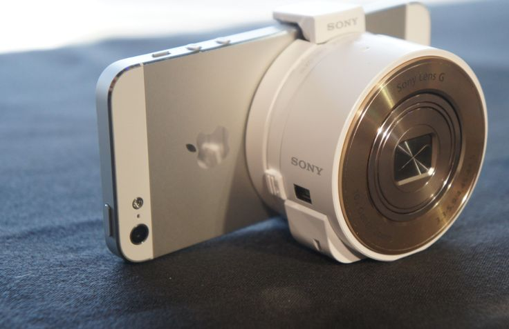 I die. Want want want. A camera that attaches to your phone.