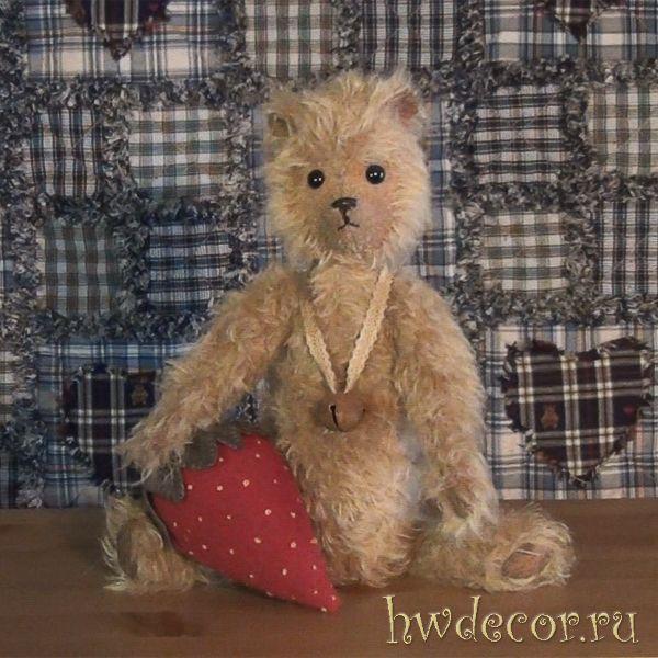 Мишка Тедди в стиле Primitive Ягодка