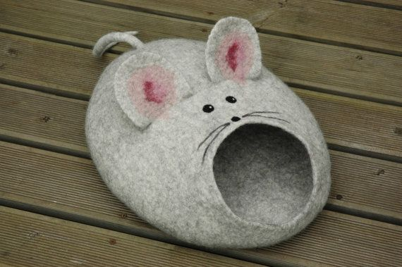 Felted Cat mouse bed/ cat cave/ house/ basket MXL by Wool4Art