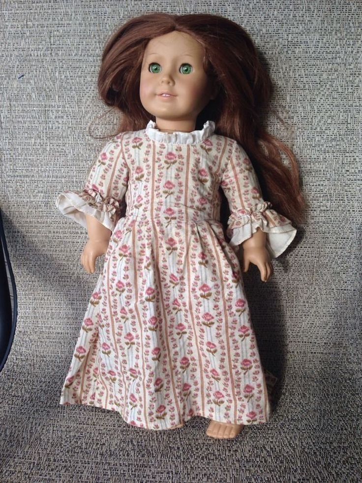 "Felicity American Girl Doll With Her Original ""Rose Garden"" Dress. Red Long Hair, Green Eyes"