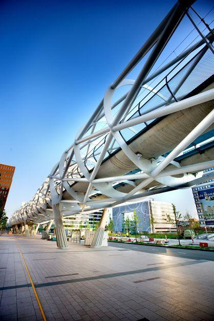 Beatrixkwartier, Light Urban Rail Link, The Hague designed by Zwarts & Jansma Architects