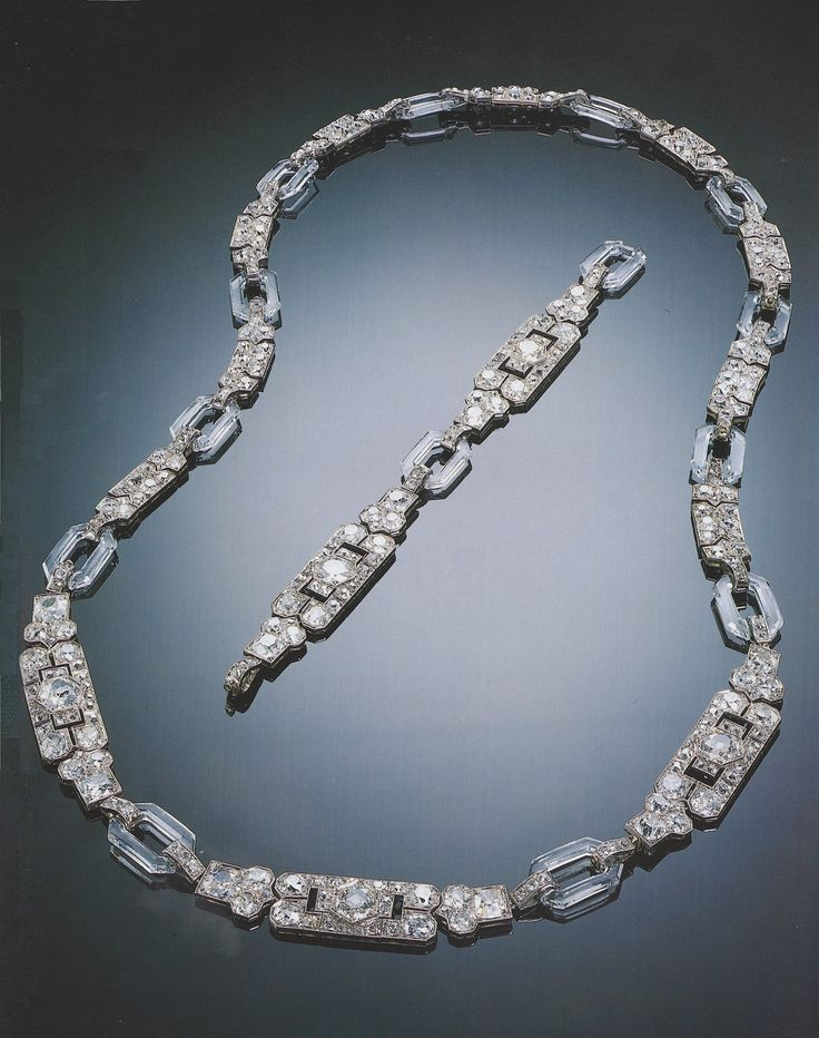 Chaumet - An important Art Deco diamond and rock crystal sautoir, circa 1929. Desgined as openwork rectangular diamond-set motifs, interspaced by rock crystal links, mounted in palladium-plated gold. French gold marks, unsigned, may be divided to form four bracelets and a brooch. Sotheby's Magnificent Jewels, St. Moritz, 22 February 1997. #Chaumet #ArtDeco #necklace #bracelet