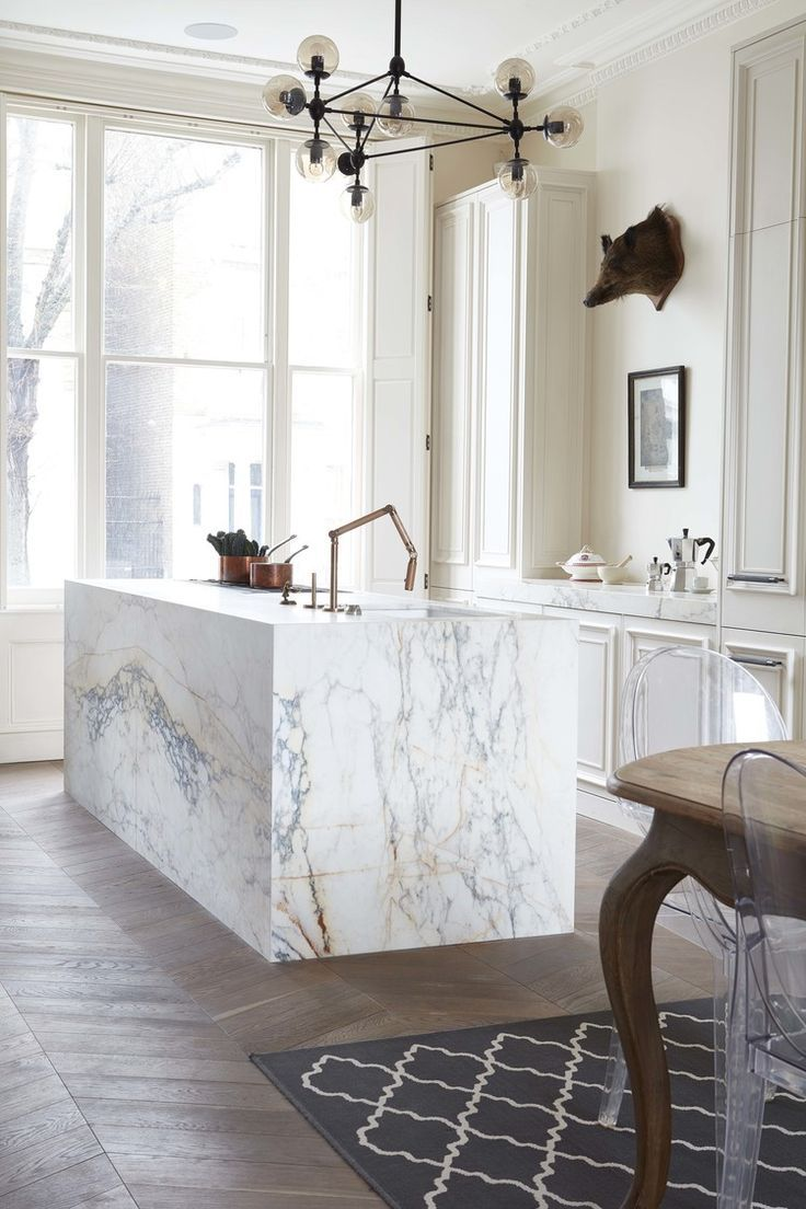 How gorgeous is this marblee kitchen? I love the full marble treatment on this island.