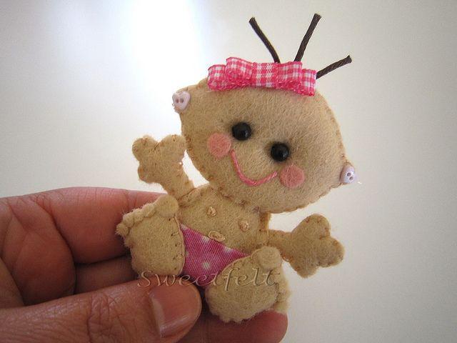 ♥♥♥ Baby ... by sweetfelt  ideias em feltro, via Flickr