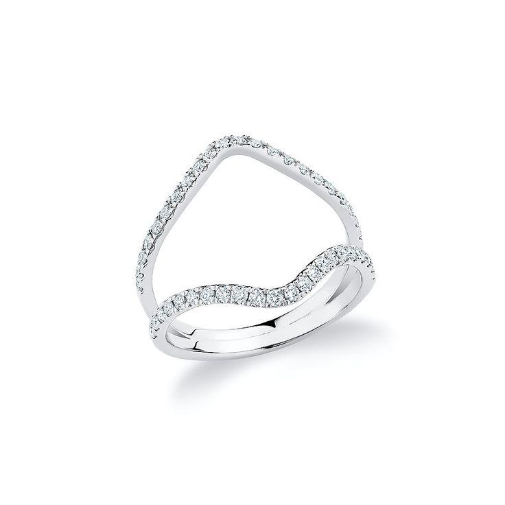 """V"" ring set with diamonds in 18K white gold."