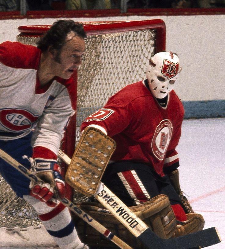 Gilles Meloche ... Cleveland Barons et Yvan Cournoyer Canadiens de Montréal
