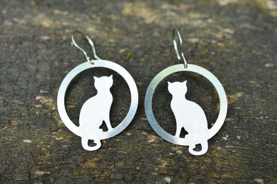 Sitting White  Cat Earrings Kitten Earrings  Pet by CinkyLinky