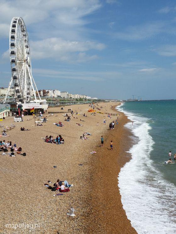 De bruisende stad Brighton in het zuiden van Engeland ligt aan de kust. Een must visit tijdens je roadtrip door Engeland.