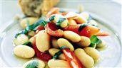 Vita bönor med basilika och tomat | Recept