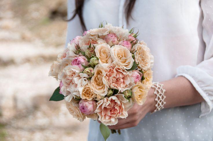 Bukiet Ślubny #slub #ślub #bukietyslubny #wedding #flowers #zielonenabialym #kwiaty