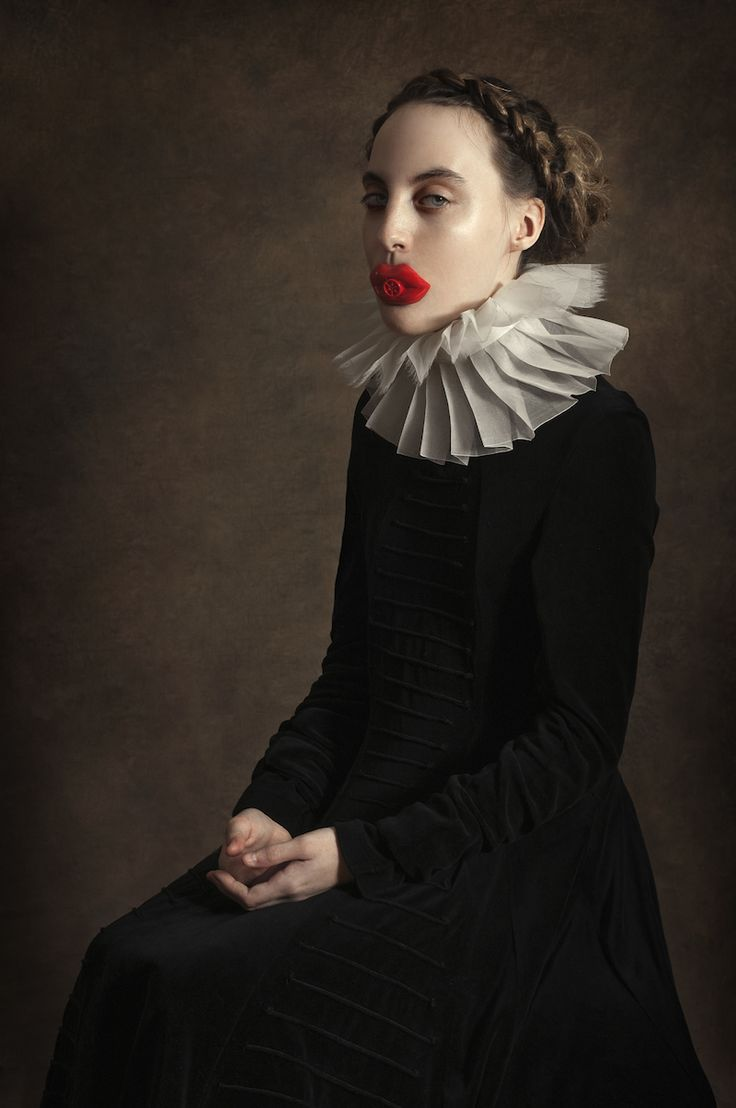 http://www.ignant.de/2014/12/16/how-would-have-been-by-romina-ressia/