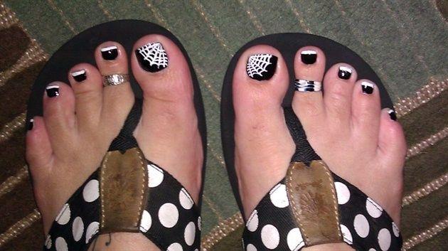 halloween toes by Hawnmami - Nail Art Gallery nailartgallery.nailsmag.com by Nails Magazine www.nailsmag.com #nailart