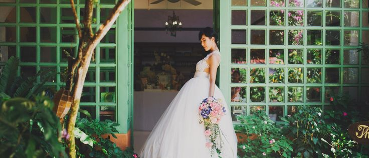 Know the packages rates of pre wedding photography shoot in Philippines at davidgarmsen.com. David is a debut cum professional wedding photographer known for his uncanny photography skills. Get a quote today!