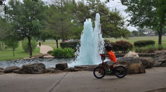 Ride your bike along the 3 mile trail at Oyster Creek Park in Sugar Land!