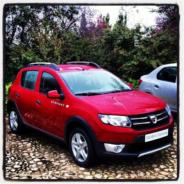 CARS - New Dacia Sandero Stepway - http://lesvoitures.fr/new-dacia-sandero-stepway/
