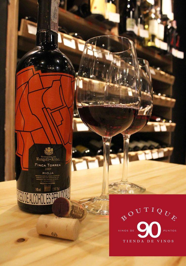 Una buena tarde para pasar por nuestra tienda de vinos! Y usted ya conoce Boutique 90 Tienda de Vinos? www.daniel.com.co/boutique90