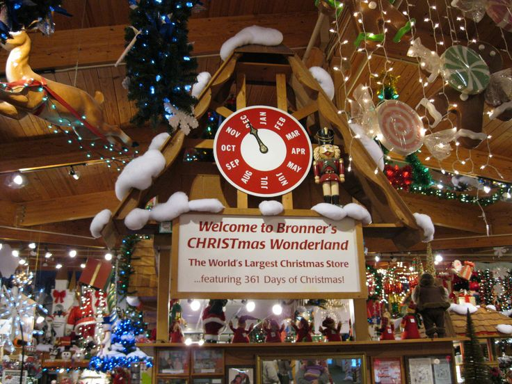 Best 25+ Bronners christmas store ideas on Pinterest | Christmas ...