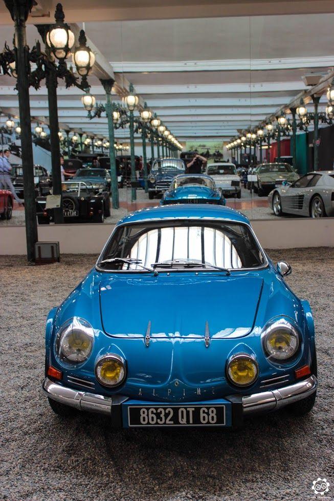 Alpine A110 exposée à la Cité de l'Automobile, Mulhouse