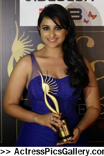 57-seductive-pics-of-gorgeous-parineeti-chopra