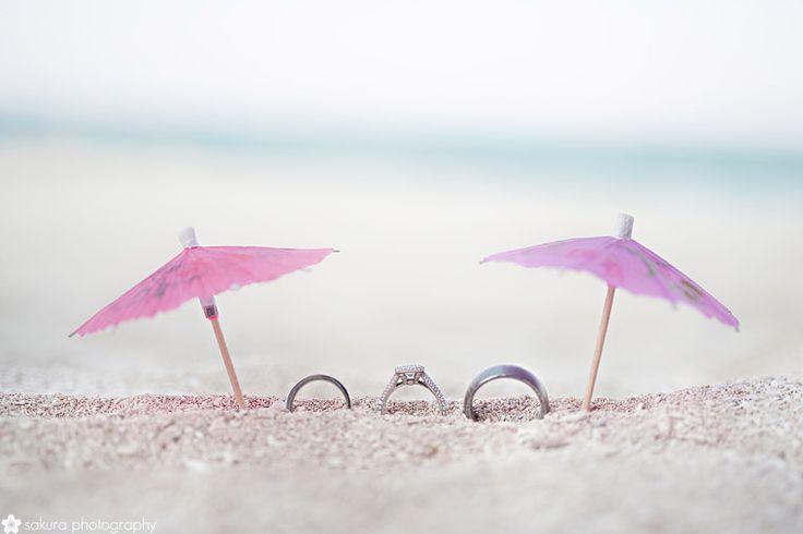cute honeymoon ring shot!