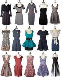 Prenda de vestir femenina que une cuerpo y falda formando una sola pieza.   Conjunto de prendas de vestir que se ponen sobre el cuerpo para cubrirlo o abrigarlo. ropa, indumentaria, vestimenta.