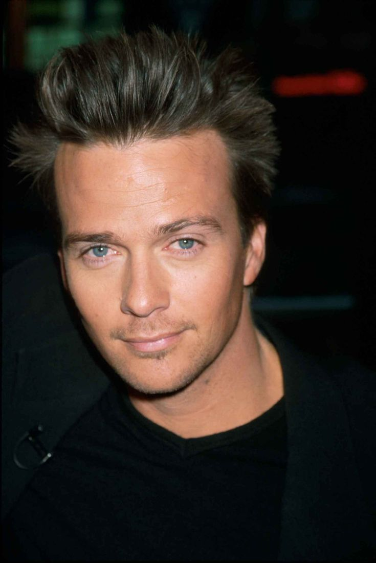 Sean Patrick Flanery | People - Sean Patrick Flanery