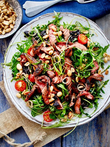 Kommt Salat mit saftigen Steakstreifen daher, wird das ein Extra-Genuss!