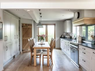 Classic English Kitchens - Kitchens - JM Interiors