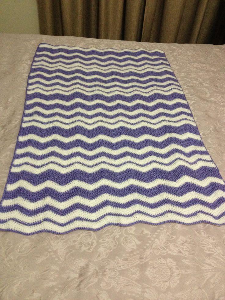 Crochet blanket in Purple and White