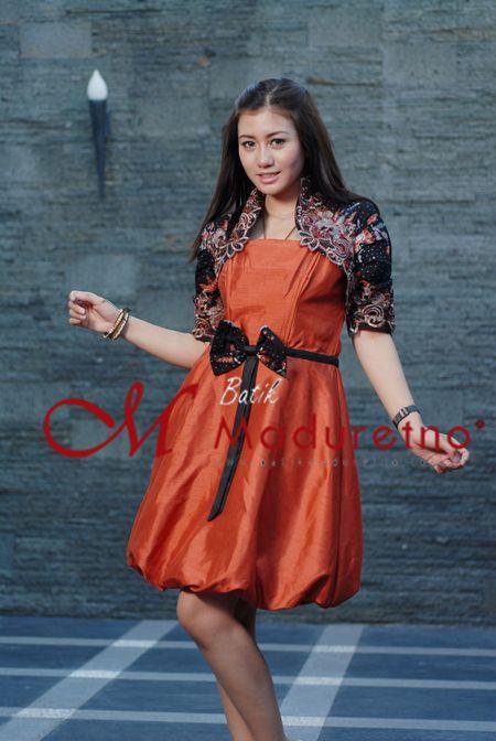 baju pesta batik kombinasi, bahan batik tulis Madura tanjung bumi visit our website : batikmaduretno.com