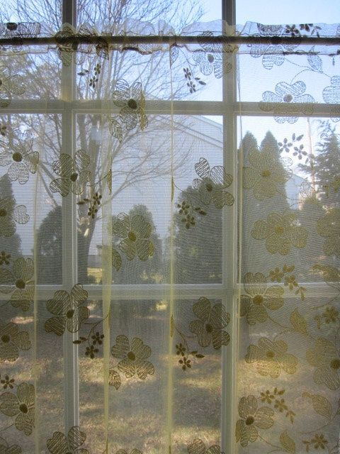17 Best images about Vintage Sheer Curtains on Pinterest | Macrame ...