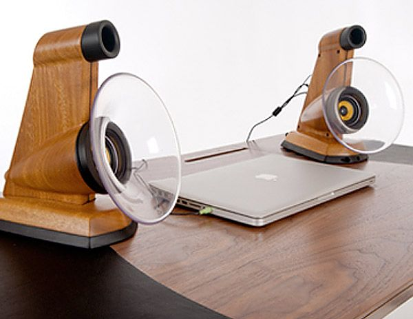 Jason Plumb's Enhance Speakers: Horn-Loaded Speakers for Desktops