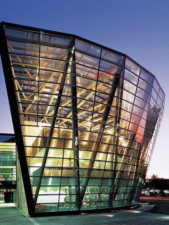 Charisma Arts Dortmund Municipal L--by Isao Wakasugi Architect
