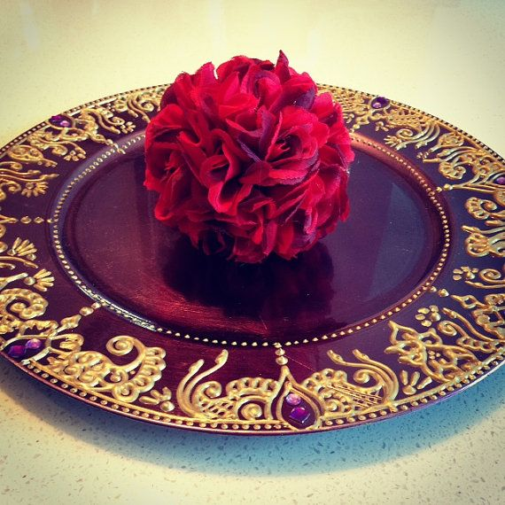 Purple+Gold Mehndi Plate/Henna Plate on Etsy, only $25 #indianwedding #pakistaniwedding
