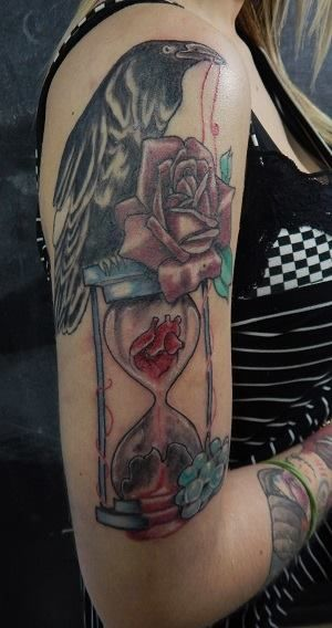 #Crow #Hourglass #Heart #Tattoo #Cubo