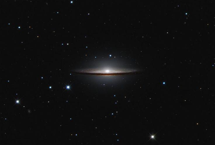 Top 25+ best Sombrero galaxy ideas on Pinterest | Space ...