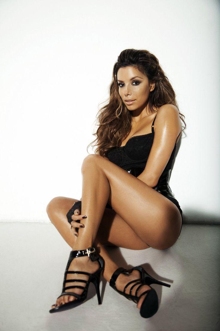 Sexy latina maid
